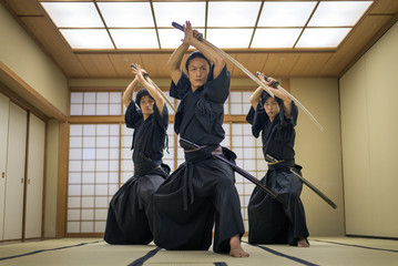 Как правильно одевать Хакаму – одежду настоящего самурая
