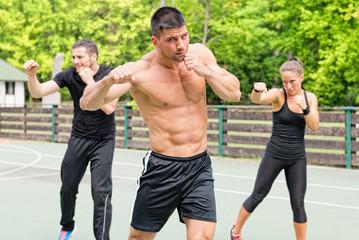 Аэробоксинг — сплетение бокса и фитнеса