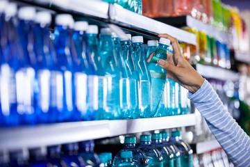 Вода как вода: чем отличается элитная бутылка от обычной