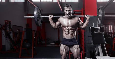 Как нужно тренироваться, чтобы приседать со штангой 200 кг