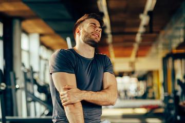 Почему болят мышцы после тренировок