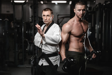 Почему мышцы у бойцов и качков визуально отличаются