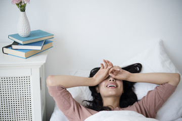 Почему так тяжело встать утром с кровати