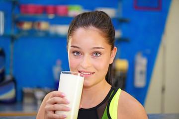 Способствует ли молочка уменьшению процента жира в организме