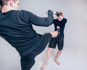 Что делать, если в уличном конфликте против вас стоит подготовленный боец