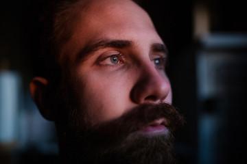 Что можно узнать о мужчине, посмотрев на его нос