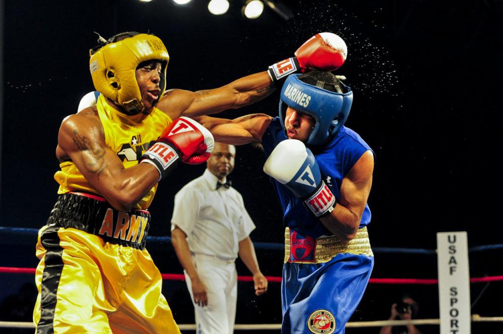 До чего опускаются боксеры ради победы