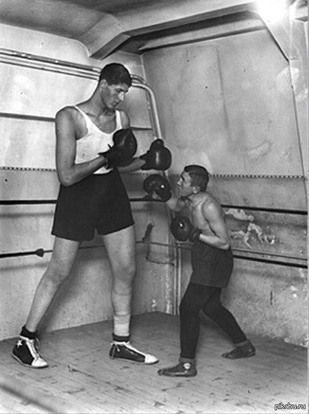 Каким был самый высокий боксер в мире Гогя Миту и почему провел всего 11 боев