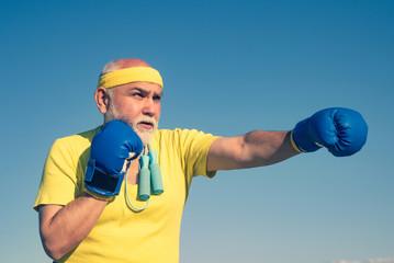 Почему сегодня мужики слабее чем 30 лет назад
