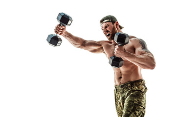 С помощью каких упражнений укрепляют кисти рук бойцы