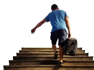 Тренировки в командировке не отменяются - как тренироваться с помощью чемодана