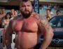 Эдди Холл: человек, которому удалось потянуть 500 кг