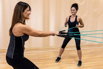 3 упражнения, которые следует выполнять тем кому за 40