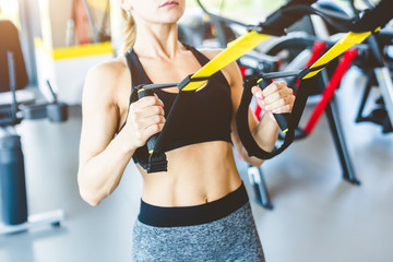 Какие упражнения можно выполнять в зале без помощи тренера