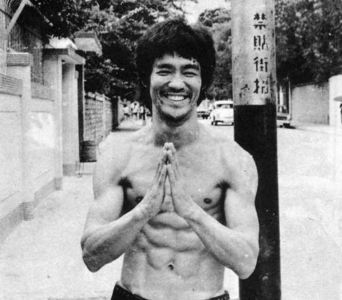 На сколько правдивый факт, что Брус Ли был непобедимым мастером боевых искусств