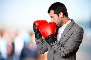 Почему боксёрам запрещено драться вне ринга