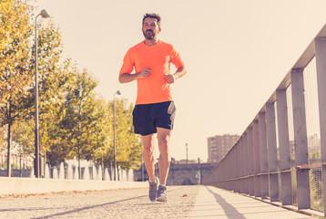 Почему стоит выбрать пересеченную местность в качестве оптимального маршрута для пробежки