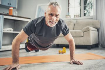 Чтобы похудеть мужчинам в возрасте, бегать необязательно