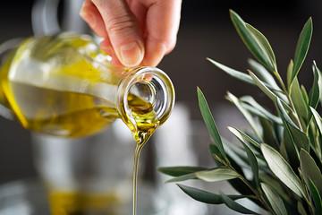 Какие различия имеются между оливковым и кокосовым маслом
