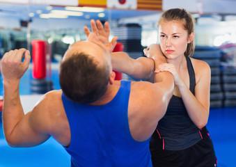 Лучшие варианты силового тренинга для самообороны
