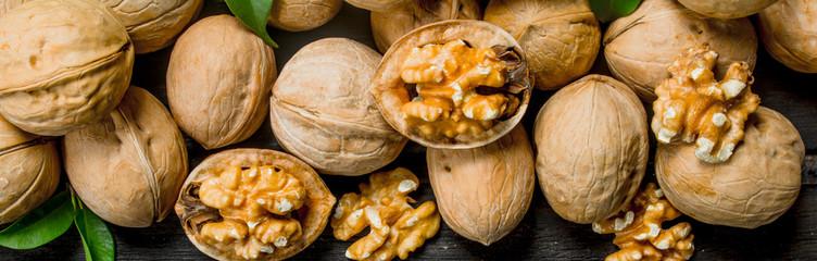 Почему древние греки называли грецкий орех пищей богов