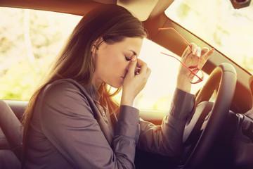 Последствия неправильной посадки водителя в кресле своего автомобиля
