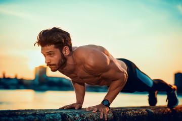5 советов, которые помогут дольше сохранять мышечную массу
