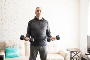 Каким должен быть тренировочный процесс для людей после 50 лет