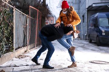 Эффективная защита при нападении на улице