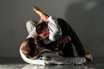Как влияют тренировки единоборствами на мужской организм после 40 лет