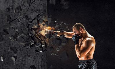 Как добиться сокрушительного удара кулакомКак добиться сокрушительного удара кулаком