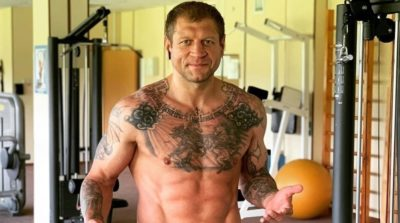 Насколько силен Александр Емельяненко в силовых упражнениях
