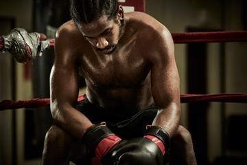 Почему боксерам необходимо управлять своими эмоциями