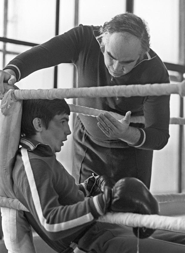 Трудный путь первого советского боксера, ставшего чемпионом мира