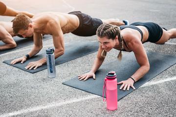 Что может дать упражнение планка в достижении результата