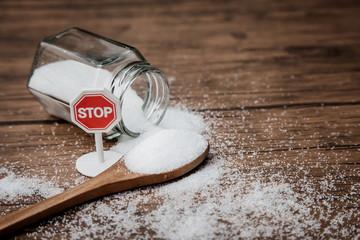 Почему сахар так вреден для организма человека