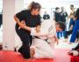 Какими должны быть удары при самообороне