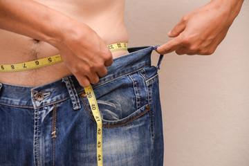 Способность мужчин быстрее сбрасывать лишний вес