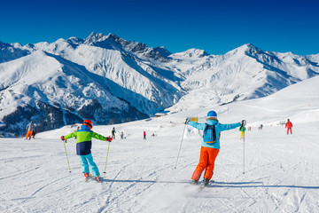 В чем полезно катание на лыжах