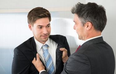 Как можно психологически подавить соперника