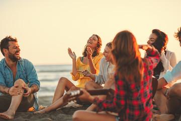 Насколько счастливее люди, которые имеют узкий круг общения