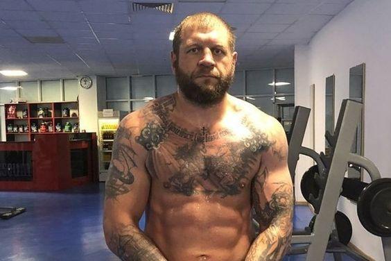 Какой физической силой обладает 39-летний Емельяненко