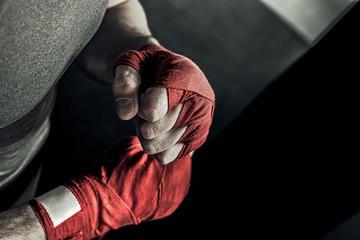 Как правильно набивать кулаки бойцу