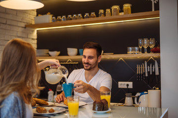 Обязательно ли завтракать, если не привык кушать с утра