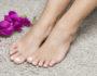 Как бороться с потными ногами